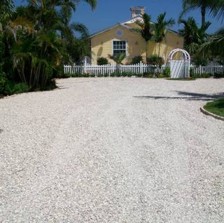 Crushed seashells emerald landscape supply providing for Crushed oyster shells for landscaping